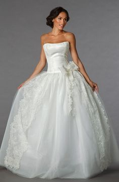 Strapless Princess/Ball Gown Wedding Dress  with Natural Waist in Tulle. Bridal Gown Style Number:32849457