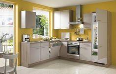 Les cuisines modernes chêne peinture mur jaune mat façades blanches