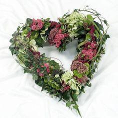 Flowers Arrangements Funeral Heart Wreath 58 Ideas For 2019 Funeral Floral Arrangements, Flower Arrangements, Funeral Flowers, Wedding Flowers, Shade Flowers, Flowers Uk, Funeral Tributes, Funeral Planning, Sympathy Flowers