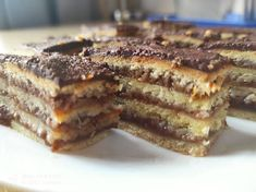 Tiramisu, French Toast, Breakfast, Ethnic Recipes, Food, Candy, Breakfast Cafe, Essen, Tiramisu Cake