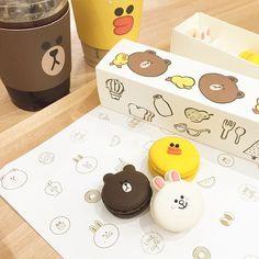 韓国のLINECafeマジ可愛いんだけど(///∇///) めっちゃ行きたい さすが韓国のカフェはオシャレやな このマカロンの可愛さヤバイ #linecafe  #라인카페