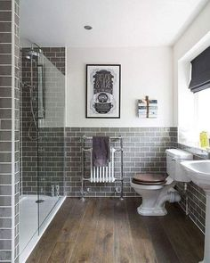 Want to add a little European charm to your bathroom? Add subway tile throughout! Do you like the color tones? #taylorteamSold #centralohiorealestate #subwaytiles #bathroommakeover