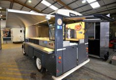 Wilkinson Catering – The home of innovation and creativity for mobile catering systems. Coffee Carts, Coffee Truck, Food Truck Design, Food Design, Mobiles Catering, Food Bus, Mobile Coffee Cart, Vw T1 Camper, Prosecco Van
