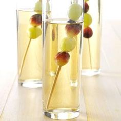 Sparkling White Grape Punch Recipe -White cranberry juice adds tartness to this punch for showers and teas. For a light blush tone, use regular cranberry juice. Grape Punch Recipes, Drink Recipes, Yummy Recipes, Healthy Recipes, Refreshing Drinks, Summer Drinks, Bridal Shower Appetizers, Christmas Party Drinks, Appetizer Dishes