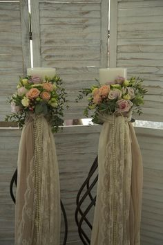 Do this to pillars for the ceremony Daisy Wedding, Greek Wedding, Art Deco Wedding, Church Wedding Decorations, Wedding Altars, Wedding Centerpieces, Royal Wedding Guests Outfits, Wedding Colors, Wedding Styles