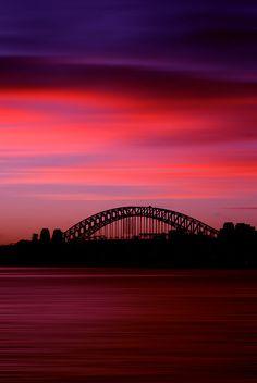 ♂ Red Harbour Bridge Sunset silhouette
