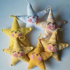 Free Happy Stars Amigurumi Crochet Pattern and Tutorial Crochet Stars, Cute Crochet, Crochet For Kids, Crochet Crafts, Crochet Dolls, Yarn Crafts, Crochet Flowers, Crochet Baby, Crochet Projects