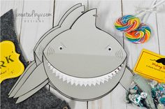 DIY not for you? Have these adorable (+menacing) shark invitations custom-made and shipped directly to you!