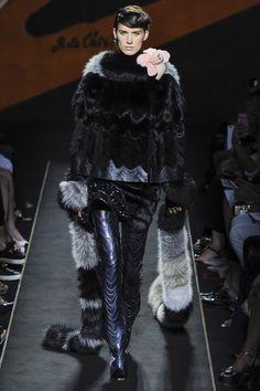 Fendi Fall 2015 Couture Runway