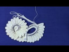 Irish Crochet Basics, how to add cord, second method