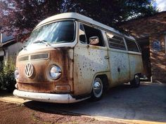 Very cool patina'd early bay