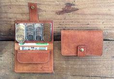 コインを整列できる「財布」がめちゃ便利そう | TABI LABO Cigar Travel Case, Cute Wallets, Small Leather Goods, Leather Craft, Card Case, Gadgets, Cards, Design, Totes