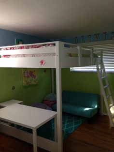 Queen sz. Loft bed using Ana White plans Only took one weekend to build