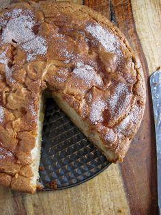 Apple-Cinnamon Cream Cheese Cake