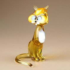Pictures Of Cats Glass Figurines, Cat Crafts, Glass Animals, Sculpture, Glass Paperweights, Illustrations, Vintage Pottery, Glass Collection, Bead Art