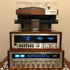 Finally finished my #Marantz stack. What better than some #vanmorrison to kick off the night. #moondance #tapehead #vintageaudio #cassette #vintagestereo #hifi #restorationsound