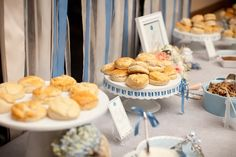 Southern wedding - biscuit bar ideas, um so cute! i love this for a brunch Southern Bridal Showers, Disney Bridal Showers, Biscuit Bar, Night Snacks, Brunch Wedding, Southern Weddings, Bar Drinks, Unique Recipes, Food And Drink