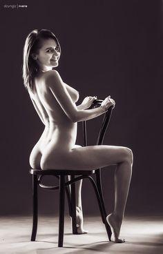 Foto | Zdjęcie z portfolio Tomasz S.(dzyngiz) z kategorii AKT 807363 - megamodels.pl