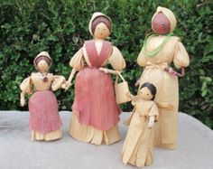 CORN HUSK DOLLS, Set of Four, Vintage Hand Crafted Handmade Toys, Two Women and Two Little Girls, Folk Art Dolls Corn Husk Crafts, Selling Crafts Online, Corn Husk Dolls, Dolls For Sale, Toy Craft, Vintage Crafts, Doll Crafts, Handmade Toys, Crafts To Sell