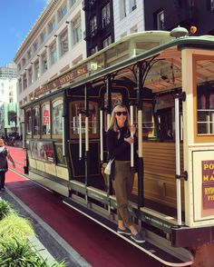 Tourist for the weekend  #cablecars #powellstreet #sanfrancisco #california by kaitvanzo