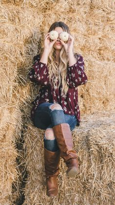 cute fall outfit, pumpkin patch photoshoot // Pumpkin Spice Lookbook ~ October 2016 | daisyshoppe.com