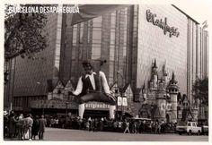El Gulliver de Cortylandia – Plaça de Catalunya. ~1986/87 Foto col-leccio Guillermo Krauel. Publicat per Giacomo Alessandro.