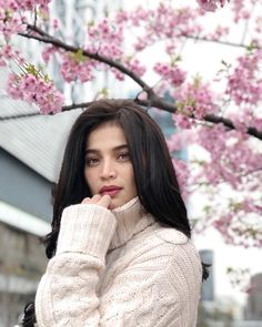 Anne Curtis Anne Curtis Smith, Human Pictures, Thick Sweaters, Celebs, Celebrities, Beauty Queens, Fashion Dresses, Turtle Neck, Lady