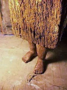 on childhood's feet | paolo del toro #art