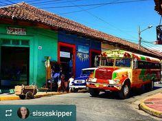 Follow @sisseskipper: Streetcorner in old colonial #UNESCO city of #Granada #Nicaragua #ILoveGranada #AmoGranada #Travel