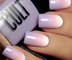 Nail art is a very popular trend these days and every woman you meet seems to have beautiful nails. It used to be that women would just go get a manicure or pedicure to get their nails trimmed and shaped with just a few coats of plain nail polish. Trendy Nails, Cute Nails, Ongles Roses Clairs, Hair And Nails, My Nails, Oval Nails, Nails 2017, Nail Manicure, Nail Polish