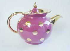 Hall polka dot windshield teapot
