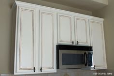 kitchen cabinets painted with chalk paint and glaze
