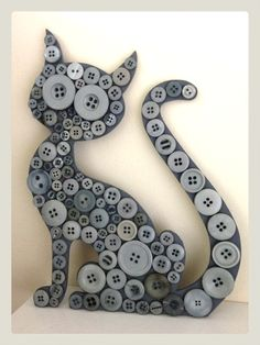 .button cat