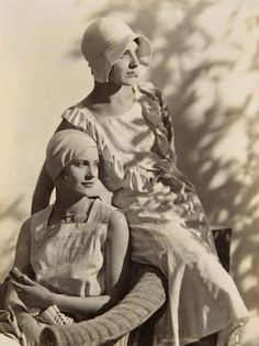 Lee Miller and Agneta Fischer - c. 1927 - @~ Mlle