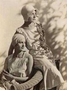 Lee Miller and Agneta Fischer - c. 1927 - @~ Mlle