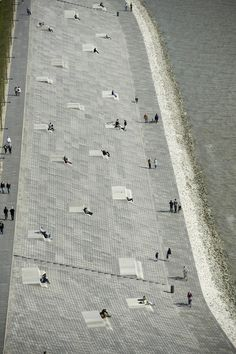 Havenwelten - Willy-Brandt-Place and Weser-Dyke