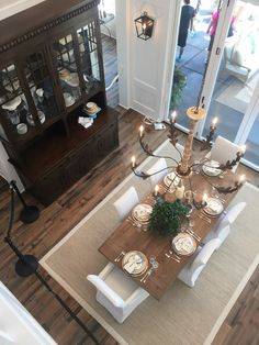 Farmhouse Dining Room - Street of Dreams - The Inspired Room Living Room Decor Fireplace, Modern Farmhouse Living Room Decor, Farmhouse Style Kitchen, Living Room Modern, Home Living Room, Dining Table With Bench, Dining Room Table, Dining Rooms, Dining Room Inspiration