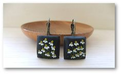 Flower Jewelry- Camomile Flower Jewelry- Flower Polimer Clay Jewelry- Jewelry made with Flowers- Spring Flower Earrings