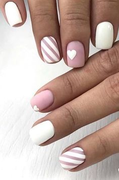 44 Stylish Manicure Ideas for 2019 Manicure: How to Do It Yourself at Home! Part 17 44 Stylish Manicure Ideas for 2019 Manicure: How to Do It Yourself at Home! Part manicure ideas; manicure ideas for short nails; Short Nail Designs, Cool Nail Designs, Toe Nails, Pink Nails, Coffin Nails, Gradient Nails, Holographic Nails, Stiletto Nails, Pointed Nails
