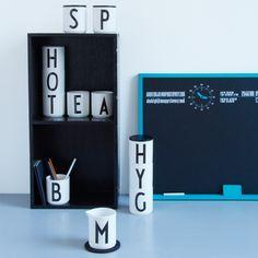 Arne Jacobsenin Design letters