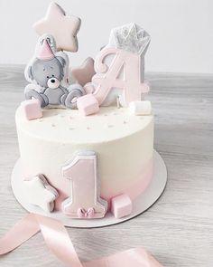 likes, 13 comments - Kuchen - 1st Birthday Cake For Girls, Baby Birthday Cakes, Baby Girl Cakes, Cake Baby, Drip Cakes, Savoury Cake, Fondant Cakes, Celebration Cakes, Baby Shower Cakes