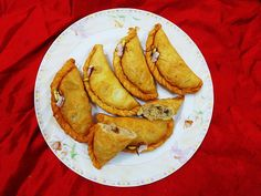 Cuisine of Karachi: Gujia /Gujhia  گُجیا   गुजिया