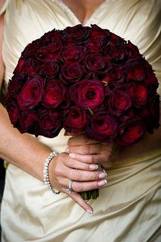 A2 Jpg 350 525 Black Magic Rosesrose Weddingwedding Bouquetwedding Dreams Flower Arrangementsbouquet Weddingflower Arrangementfl Arrangements