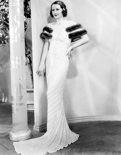Barbara Stanwyck....Uploaded By www.1stand2ndtimearound.etsy.com