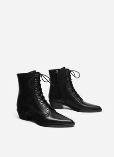 Slim elegant laces 6 mm Flat skinny laces Mr Lacy Skinnies shoelaces