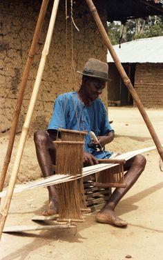 Narrow Loom :: Sierra Leone