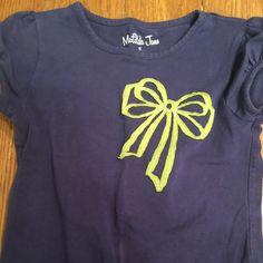Matilda Jane navy tee with lime bow MJC tee size 6 but runs like a 4/5 Matilda Jane Tops Tees - Short Sleeve