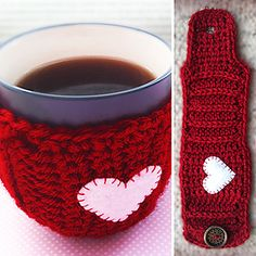 20 Free Crochet Cup Cozy Patterns Perfect For A Quick And Easy DIY Christmas Gift! - Knit And Crochet Daily cozy crochet 20 Free Crochet Cup Cozy Patterns Perfect For A Quick And Easy DIY Christmas Gift! - Knit And Crochet Daily Crochet Coffee Cozy, Crochet Cozy, Easy Crochet, Free Crochet, Crochet Gifts, Cafe Bar, Mug Cozy Pattern, Free Pattern, Easy Diy Christmas Gifts