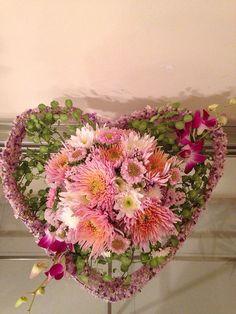 Heart with Flowers/ Corazón de flores