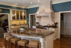 Love this!!! curved kitchen islands with seating | 187,922 curved island  Home Design